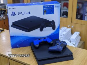 PS4 Slim with two controllers (OPEN BOX DEAL)